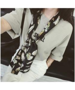長條雪紡緞面小領巾絲巾圍巾-羽毛黑色
